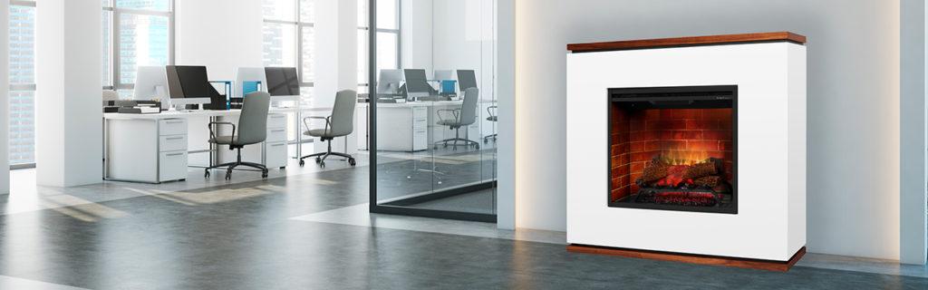 Samostojeći električni kamin Strata u poslovnom prostoru